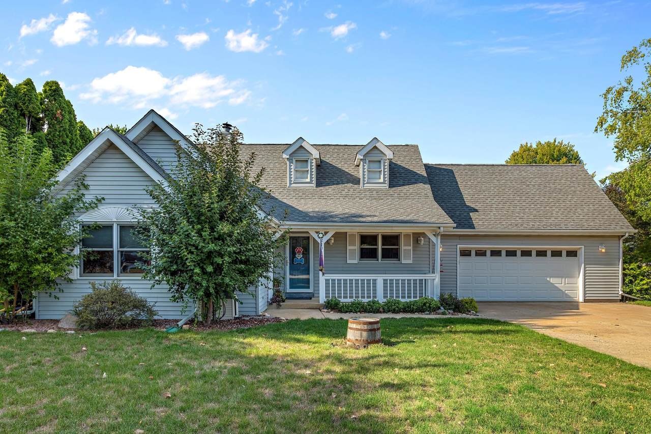 1210 Winged Foot Dr - Photo 1