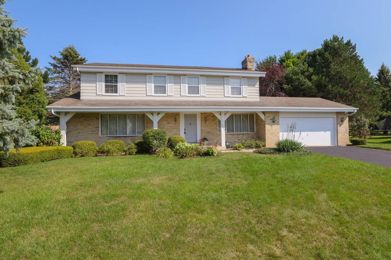 5249 Willowview Rd - Photo 1