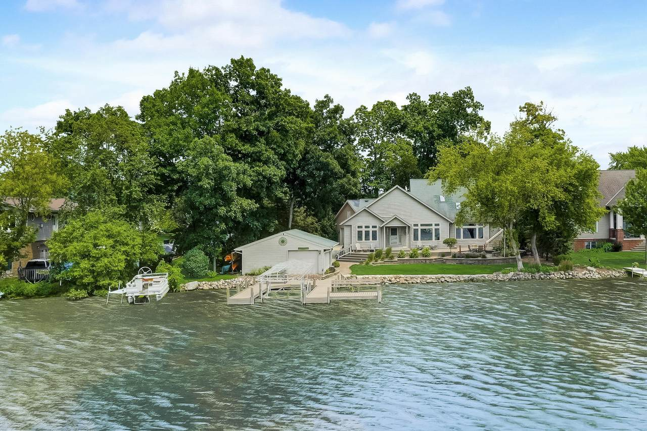 636 Oak Lodge Rd - Photo 1