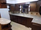 5703 40th Ave - Photo 5