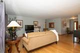 W355S6184 Moraine Oaks Dr - Photo 10