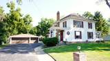 906 9th Ave - Photo 1