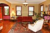 2420 7th St - Photo 4