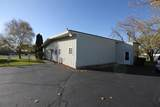 806 Commercial Dr - Photo 3