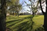 806 Commercial Dr - Photo 5