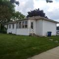 2063 Mount Pleasant St - Photo 38