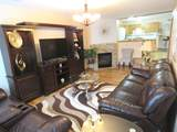 6916 Rolling Meadows Ct - Photo 4