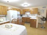 6916 Rolling Meadows Ct - Photo 8
