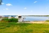 442 Lac La Belle Dr - Photo 4