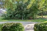 N30W22140 Woodfield Ct W - Photo 2