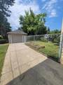 430 Shelley Dr - Photo 2