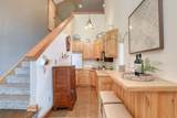 37211 Valley Rd - Photo 11