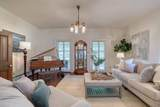 37211 Valley Rd - Photo 29