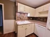 831 Greenfield Ave - Photo 3