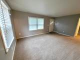 831 Greenfield Ave - Photo 5