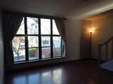 4511 Westchester Sq - Photo 3