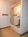 401 Clarence St - Photo 16