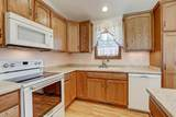 1674 Aster St - Photo 15