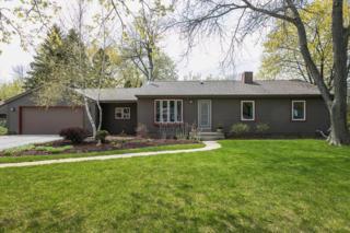 8133 N Seneca Rd, Fox Point, WI 53217 (#1529557) :: Vesta Real Estate Advisors LLC