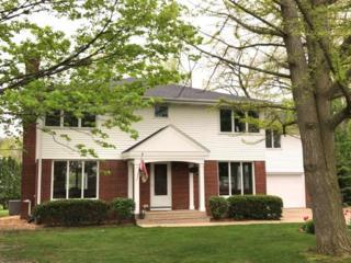 7014 N Claire Court, Fox Point, WI 53217 (#1530448) :: Vesta Real Estate Advisors LLC
