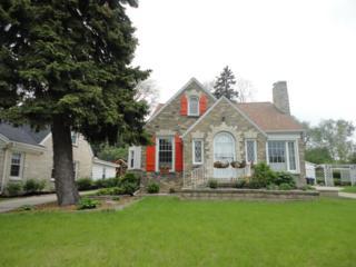 225 Glenview Ave, Wauwatosa, WI 53213 (#1530726) :: Vesta Real Estate Advisors LLC