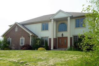 W243N2797 Creekside Dr, Pewaukee, WI 53072 (#1531201) :: Vesta Real Estate Advisors LLC