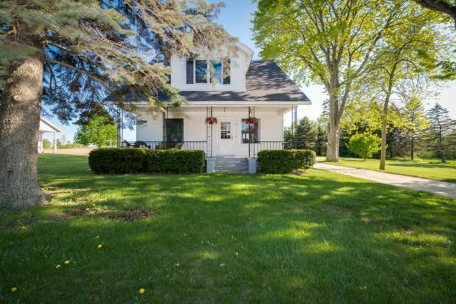 241 E Union Ave, Cedar Grove, WI 53013 (#1531677) :: Tom Didier Real Estate Team