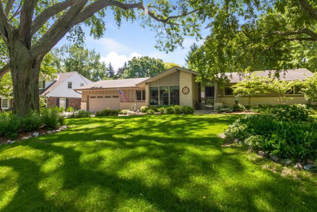2515 W Dunwood Rd, Glendale, WI 53209 (#1535001) :: Vesta Real Estate Advisors LLC