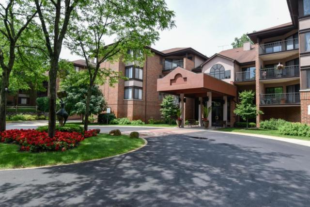 1600 Green Tree #111, Glendale, WI 53209 (#1535097) :: Vesta Real Estate Advisors LLC