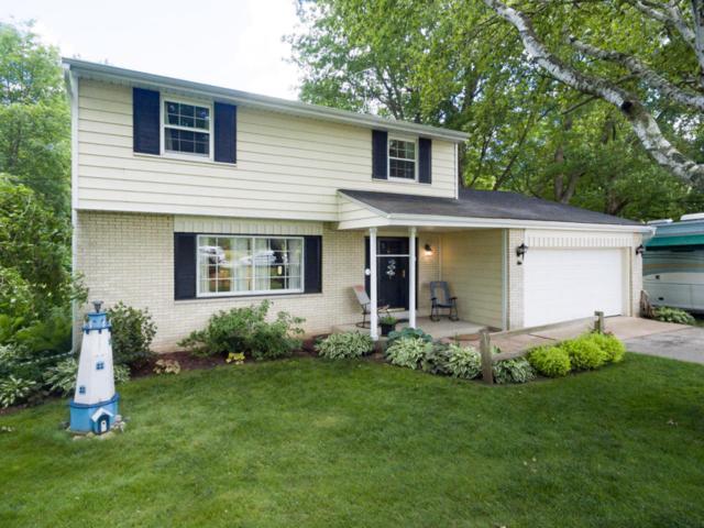 898 Granville, Cedarburg, WI 53012 (#1536482) :: Tom Didier Real Estate Team
