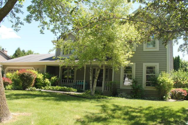 9325 W Stanford Ct, Mequon, WI 53097 (#1536902) :: Tom Didier Real Estate Team