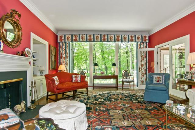 12325 N Fairway Heights Drive, Mequon, WI 53092 (#1537446) :: Tom Didier Real Estate Team