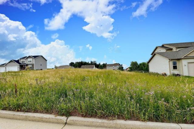 Lot 29 Valley View Ct, Ixonia, WI 53036 (#1537574) :: Tom Didier Real Estate Team