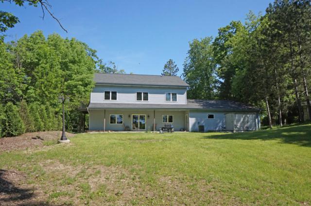 1704 Bark River Dr, Delafield, WI 53029 (#1537719) :: Tom Didier Real Estate Team