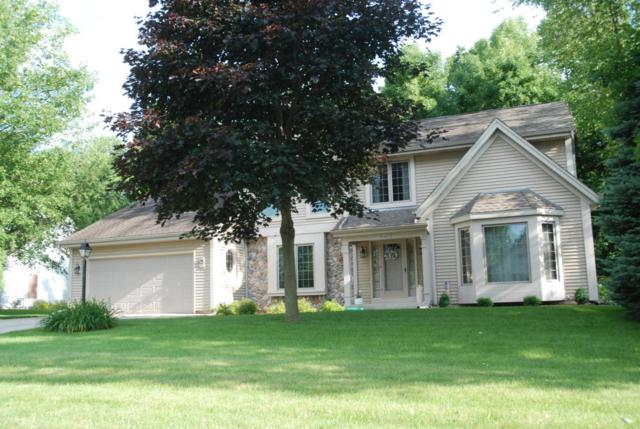 N73W24473 Ridgewood Rd, Sussex, WI 53089 (#1538507) :: Vesta Real Estate Advisors LLC