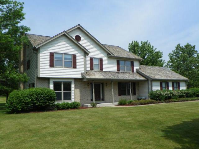 11919 N Bridgewater Dr, Mequon, WI 53092 (#1539674) :: Vesta Real Estate Advisors LLC