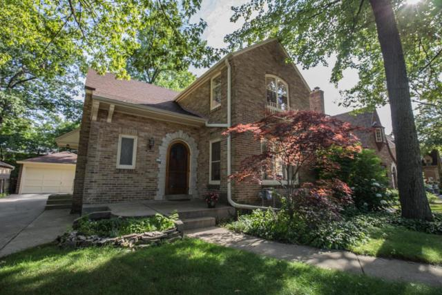 823 E Sylvan Ave, Whitefish Bay, WI 53217 (#1540311) :: Vesta Real Estate Advisors LLC