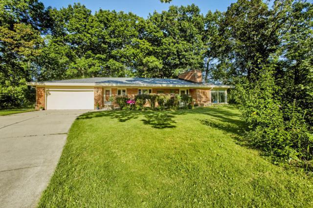 1600 Longwood Ave, Elm Grove, WI 53122 (#1541088) :: Vesta Real Estate Advisors LLC