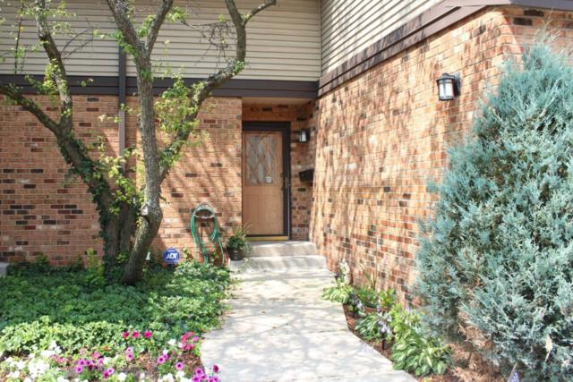 930 Pilgrim Parkway B, Elm Grove, WI 53122 (#1541247) :: Vesta Real Estate Advisors LLC