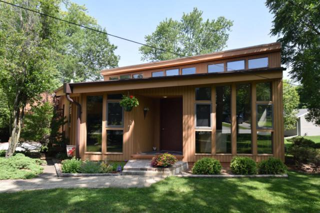 11222 W Congress St, Wauwatosa, WI 53225 (#1541509) :: Vesta Real Estate Advisors LLC