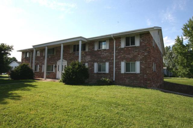 N114W15680 Sylvan Cir Apt 8, Germantown, WI 53022 (#1541751) :: Vesta Real Estate Advisors LLC