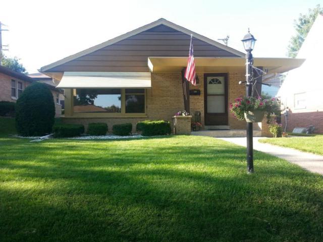 10726 W York Pl, Wauwatosa, WI 53222 (#1541799) :: Vesta Real Estate Advisors LLC