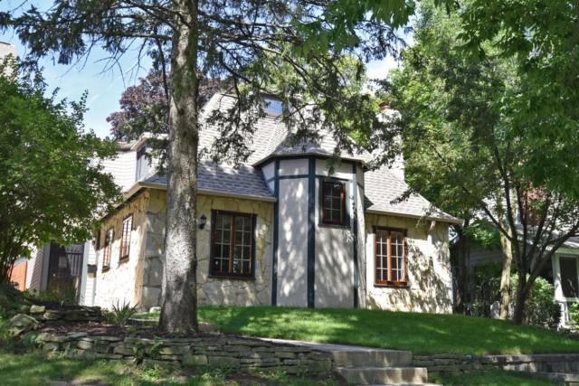 3821 N Prospect Ave, Shorewood, WI 53211 (#1543158) :: Tom Didier Real Estate Team