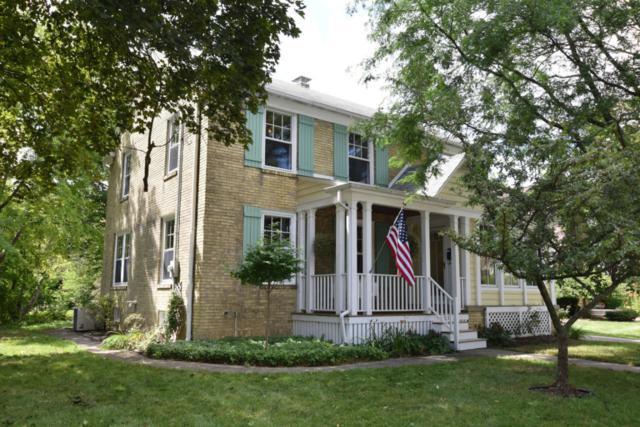W66N521 Madison Ave, Cedarburg, WI 53012 (#1545400) :: Tom Didier Real Estate Team