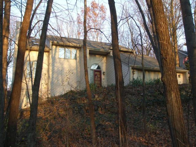850 Havenwood Ct, Brookfield, WI 53005 (#1545612) :: Vesta Real Estate Advisors LLC