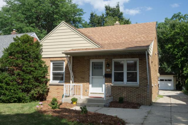 5742 N Lydell Ave, Whitefish Bay, WI 53217 (#1545816) :: Tom Didier Real Estate Team