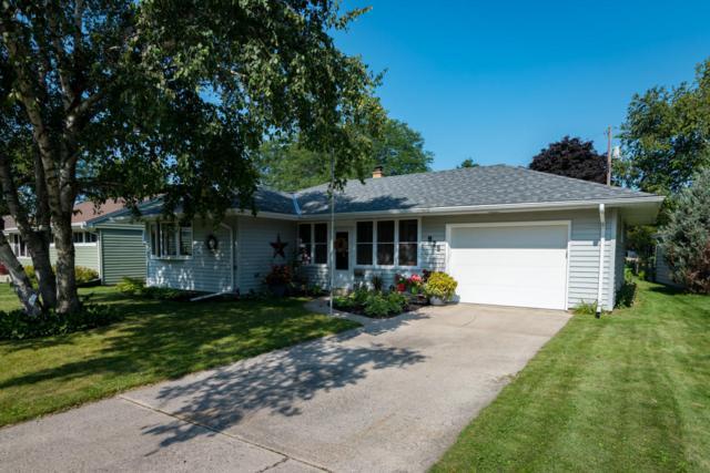925 N Webster St, Port Washington, WI 53074 (#1546157) :: Tom Didier Real Estate Team