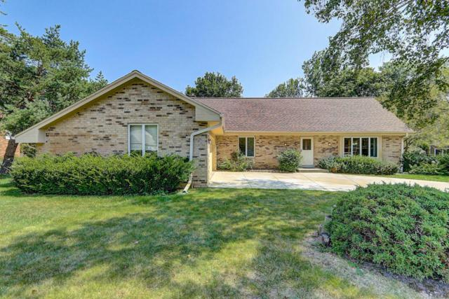 9814 N Melrose Ct, Mequon, WI 53097 (#1546435) :: Tom Didier Real Estate Team
