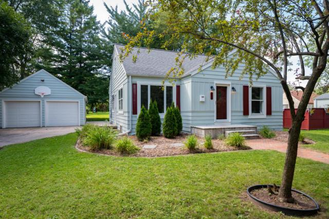 923 N Lakview, Port Washington, WI 53074 (#1546564) :: Tom Didier Real Estate Team