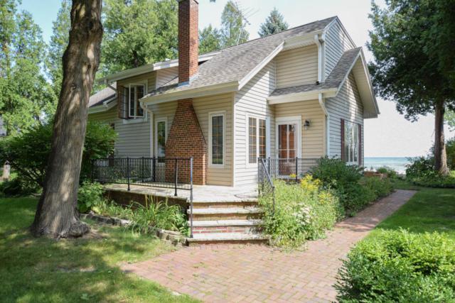 5658 Cedar Beach Ln, Belgium, WI 53004 (#1549841) :: Tom Didier Real Estate Team